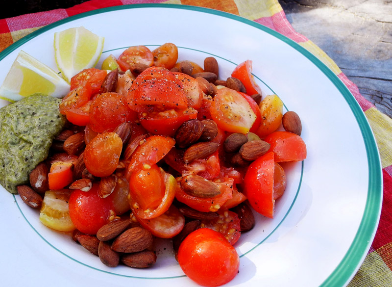 Webworker Lunch: Tomaten Mandel Salat