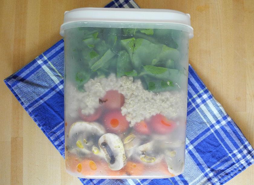 Salat in der Lunchbox
